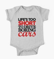 Body de manga corta para bebé La vida es demasiado corta para conducir autos aburridos (4)