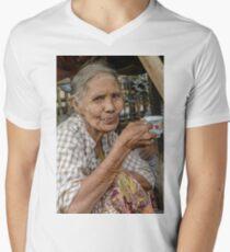 Lady in Tigyaung Men's V-Neck T-Shirt