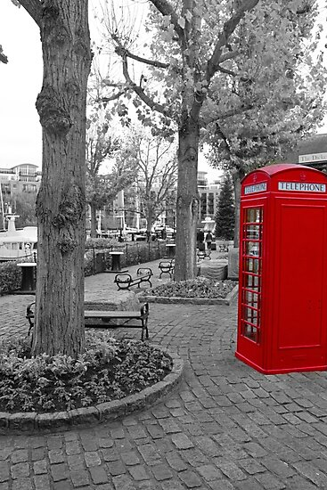 Red Telephone Box by Dylan Paterson