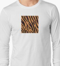 Animal background pattern - tiger skin texture. Background texture of tiger skin T-Shirt
