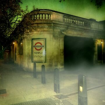 Haunted London - Temple by thetowerofstars