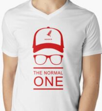 klopp Men's V-Neck T-Shirt