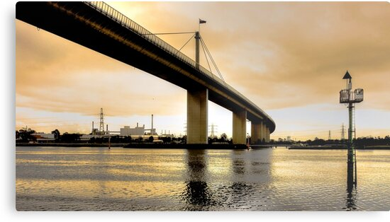 Westgate Bridge on a Chilly Winter Morning by sjphotocomau
