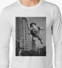 Pilgrim Father, Macys Thanksgiving Day Parade, Mayflower Hotel, 1946 Long Sleeve T-Shirt