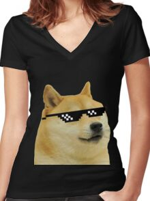 DOGE Women's Fitted V-Neck T-Shirt