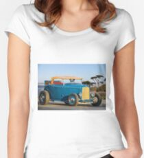 1932 Ford 'Bay Side' Roadster Women's Fitted Scoop T-Shirt