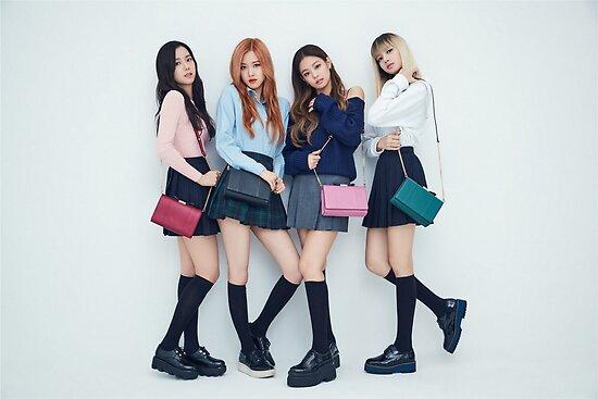 Blackpink 핑크 핑크 Bllɔkpick Kpop Boombayah Lisa Rose Jennie Jisoo