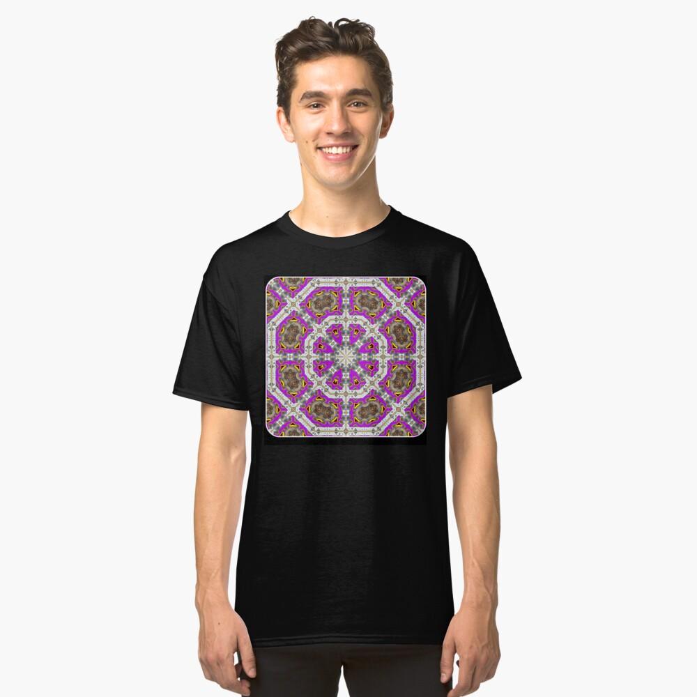 El octágono rosa Camiseta clásica