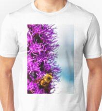 bumble bee at work T-Shirt