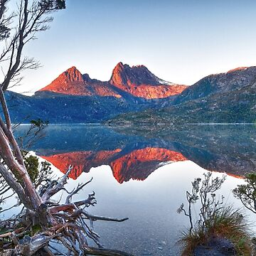 Cradle Mountain Sunrise by RodKashubin
