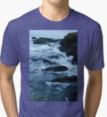 Streaming waves - Long Beach, NY Tri-blend T-Shirt