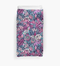 Stand Out! (ultraviolet 2) Duvet Cover