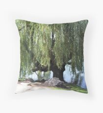 Old Weeping Willow Tree Throw Pillow