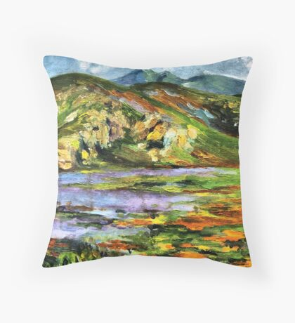 The lake and the mountains Throw Pillow
