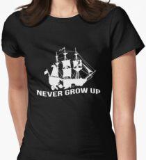 Peter Pan - Never grow up Women's Fitted T-Shirt