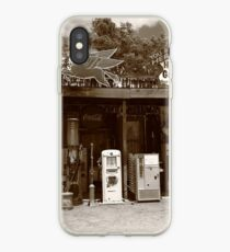 Route 66 - Hackberry General Store iPhone-Hülle & Cover