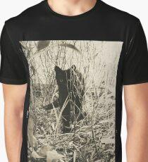 Kitty in Wonderland Graphic T-Shirt