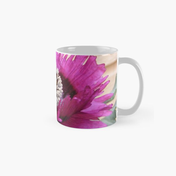 PURPLE POPPY FLOWER WITH FRINGED PETALS Classic Mug