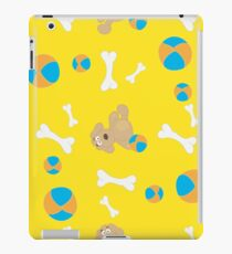 Seamless background with toys iPad Case/Skin