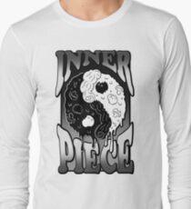 inner piece Long Sleeve T-Shirt