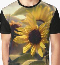 Glowing Sun Graphic T-Shirt