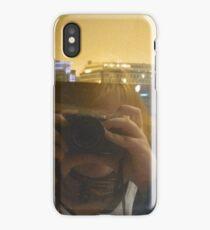Souriez vous êtes filmer. iPhone Case/Skin
