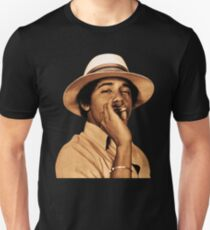 young obama smoke classic Unisex T-Shirt