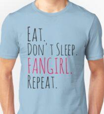 Camiseta ajustada COMA, NO DORMIR, FANGIRL, REPETIR