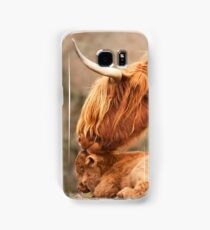 Tender Moment. Highland Cow and Calf. Isle of Skye. Scotland. Samsung Galaxy Case/Skin