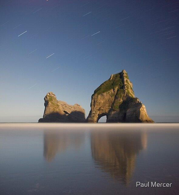 Wharariki beach at night by Paul Mercer
