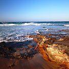 Rocks Bawley Point  by Deirdreb