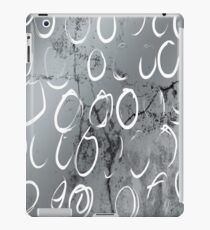 Artistic Silver Tone Circle Brush Pattern Design iPad Case/Skin