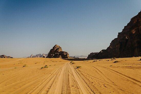 Wadi Rum / Desert by Adi M