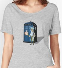 Rick and Morty -  Dr who Women's Relaxed Fit T-Shirt