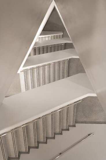 NYC / Guggenheim IV by Adi M
