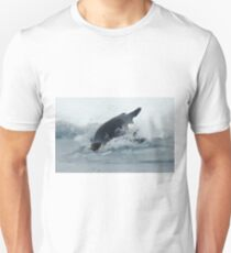Diving Emperor Penguin Unisex T-Shirt