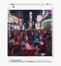 Vinilo o funda para iPad Time Square at night