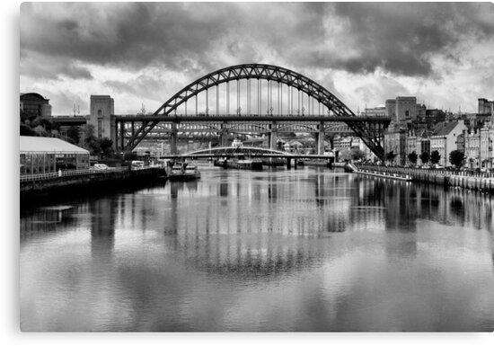 Tyne Bridge Canvas Newcastle Black White Landscape Wall Art Picture Home Decor