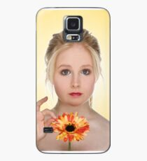 Emily with a flower Case/Skin for Samsung Galaxy