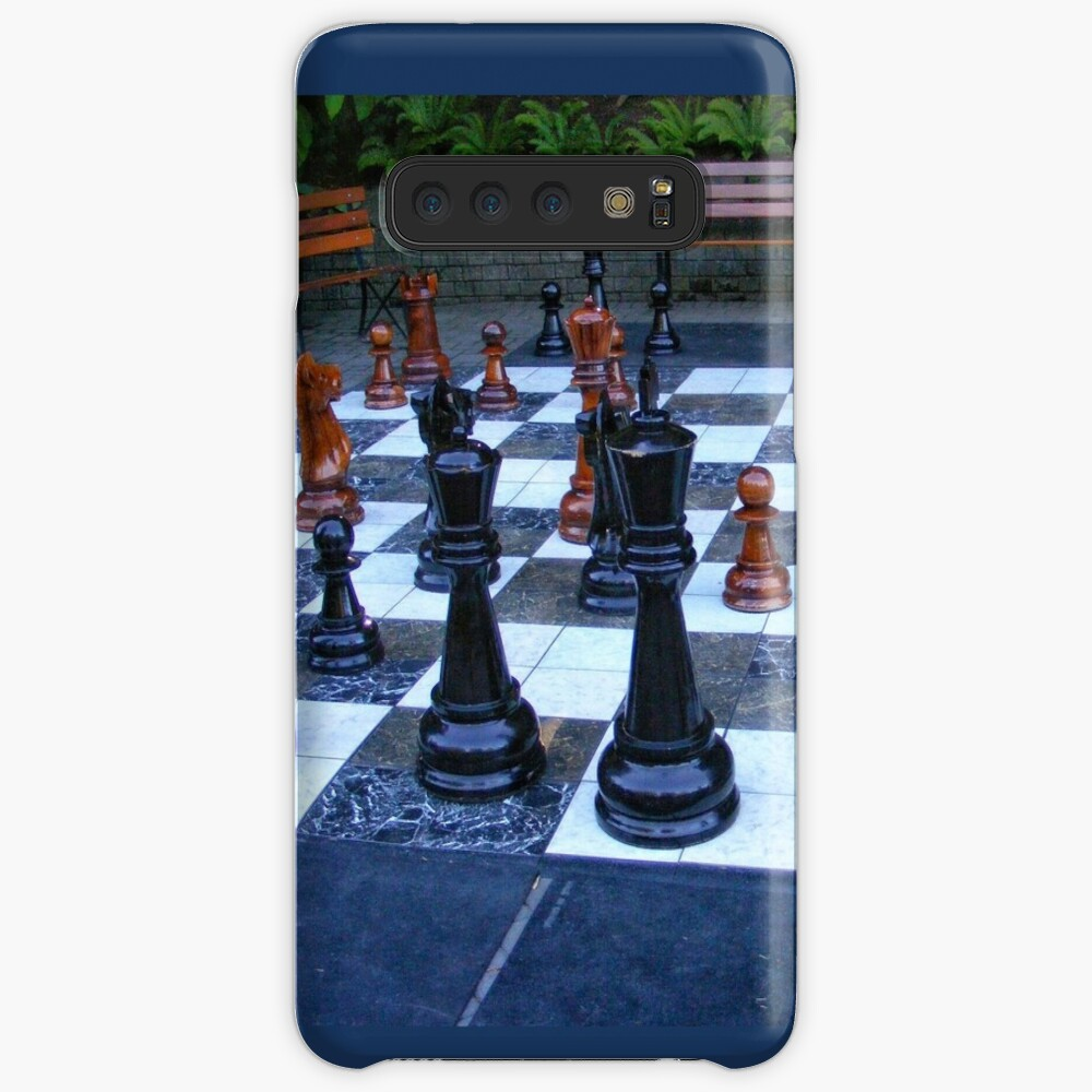 BLACK AND WHITE GEOMETRIC OUTDOOR CHESS BOARD GAME  Case & Skin for Samsung Galaxy