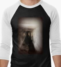 Battery Mishler corridor into the darkness Men's Baseball ¾ T-Shirt