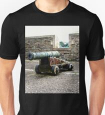 Cannon on the Walls of Derry T-Shirt