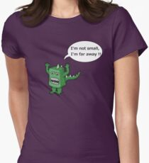 I AM NOT SMALL ! Womens Fitted T-Shirt