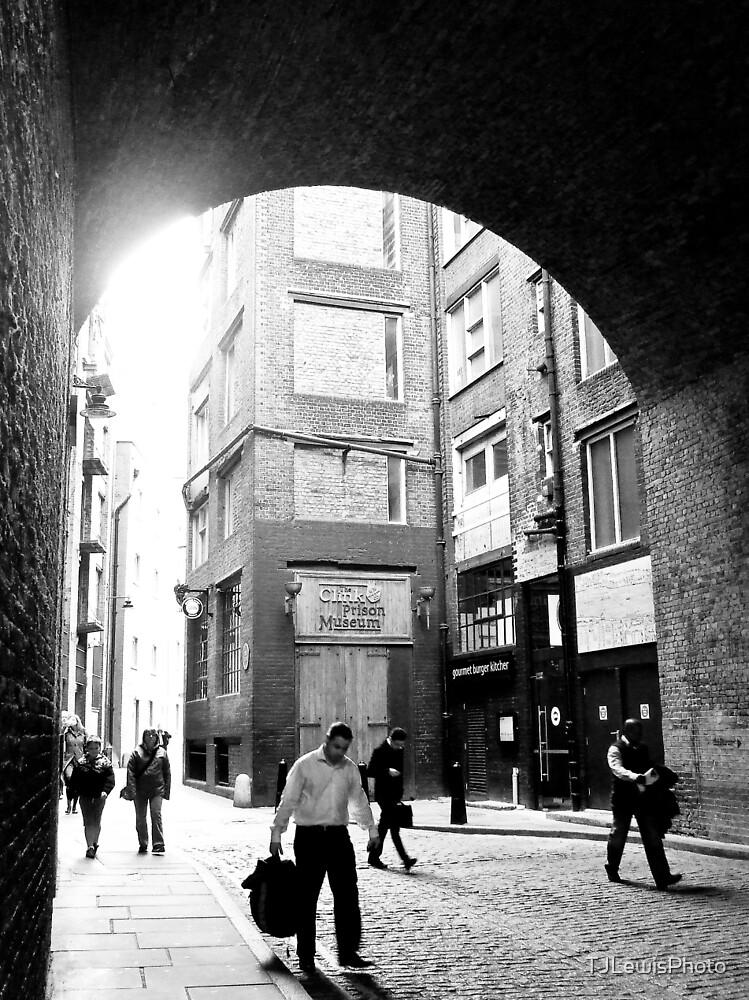 London alley by TJLewisPhoto