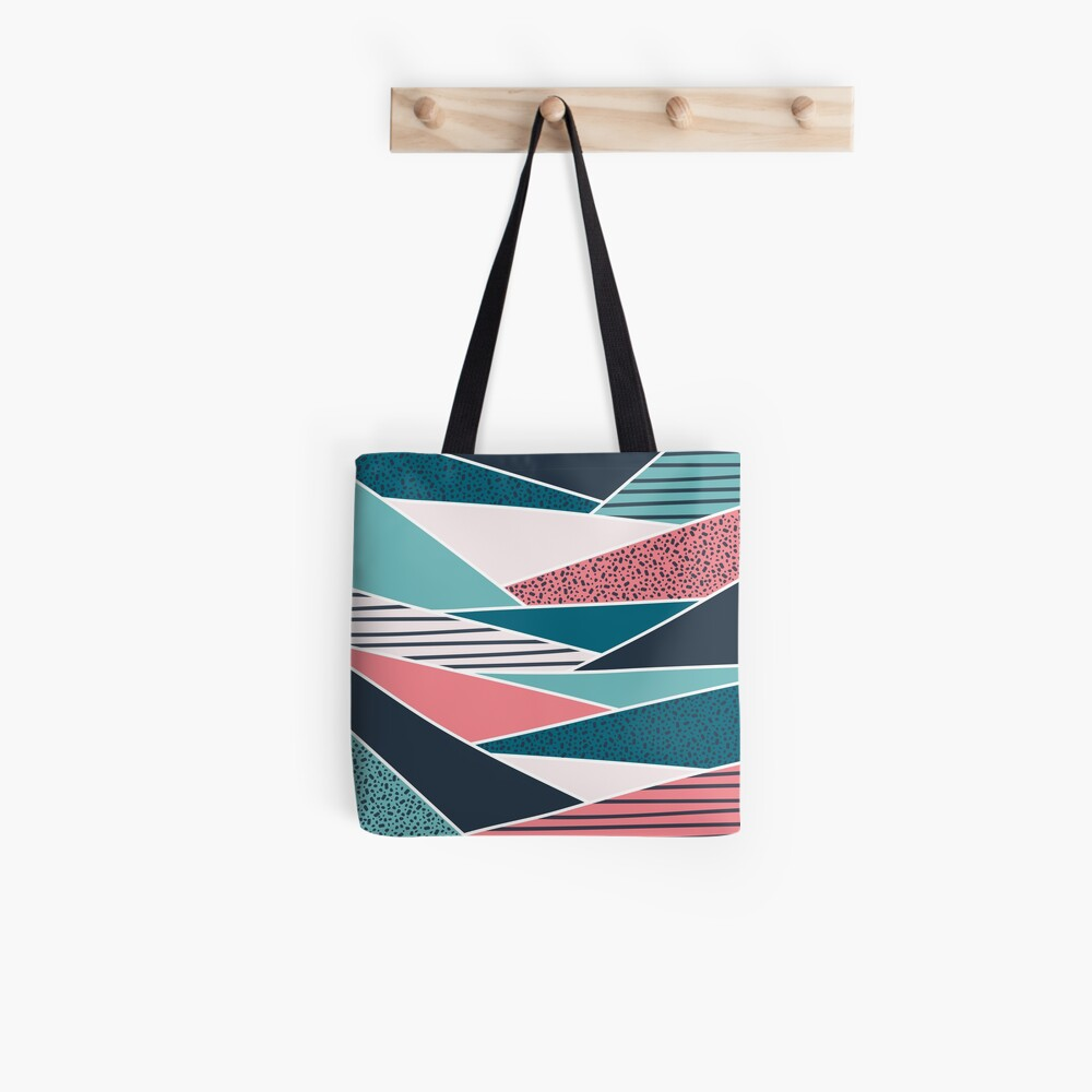 Wild folds Tote Bag