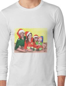 Caskett family at Christmas Long Sleeve T-Shirt