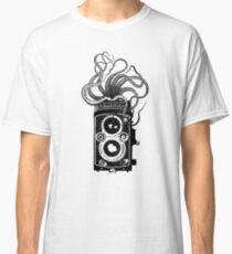 Rolleiflex Camera with octopus Classic T-Shirt