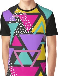 Memphis Triangles T-shirt Graphique