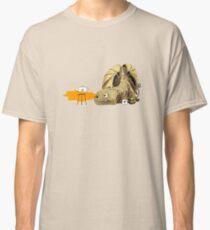 Dragon making tea Classic T-Shirt
