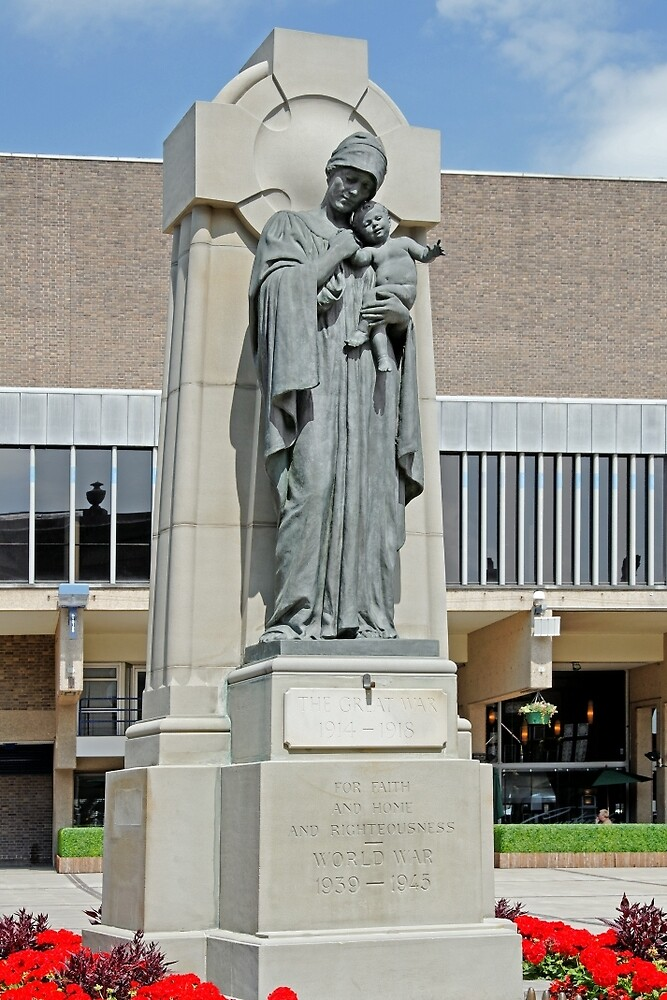 War Memorial, Derby Market Place by Rod Johnson